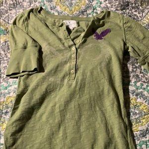 American Eagle shirt.